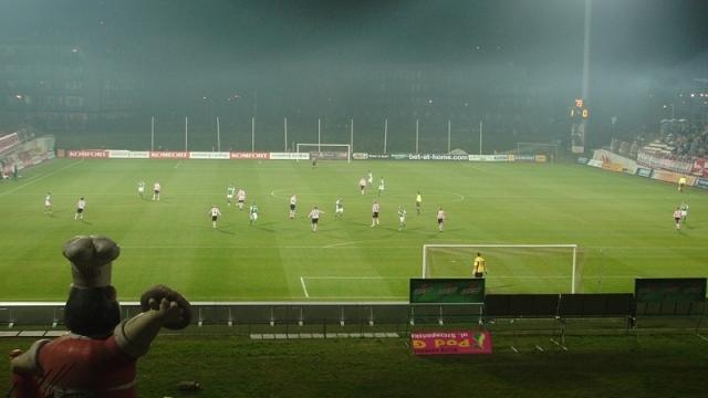 Historia meczów z Cracovią